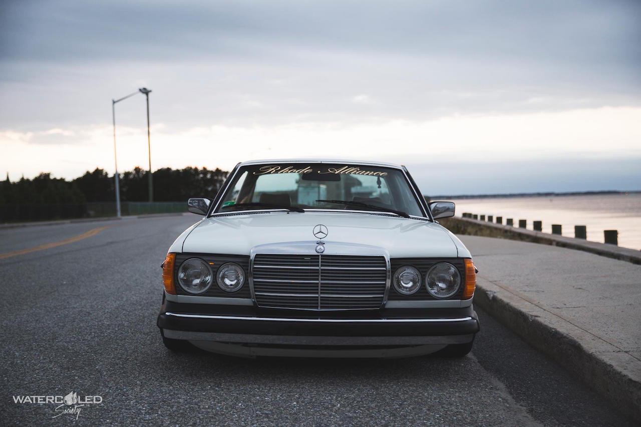 Mercedes 280 CE bagged... My classic is fantastic ! 1