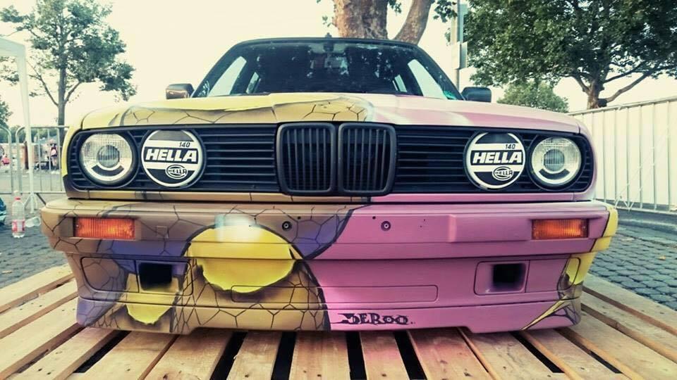 BMW E30 Touring - Stanced Art Car ! 10