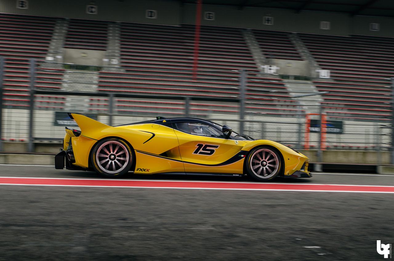 Ferrari FXX K... Showtime ! Ou peut être Chaudtime... 13