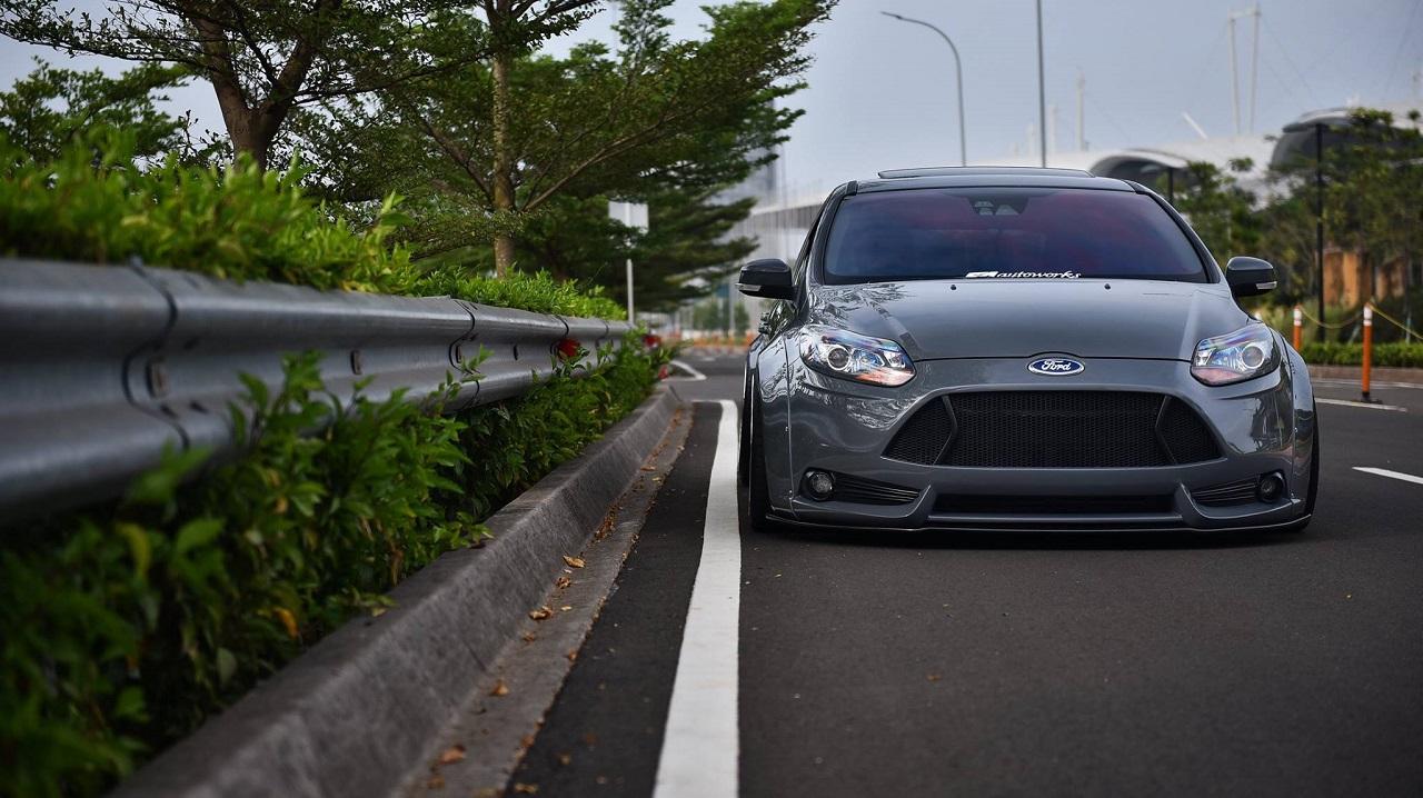 Ford Focus WideBody - Sobre et efficace... 22