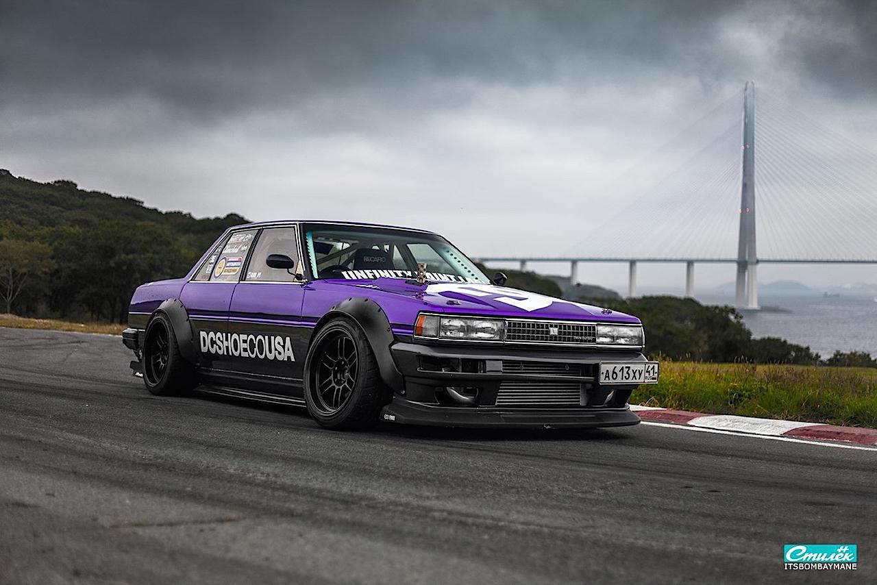 "Toyota Cresta swap 2JZ... ""Purple Rocket"" 35"