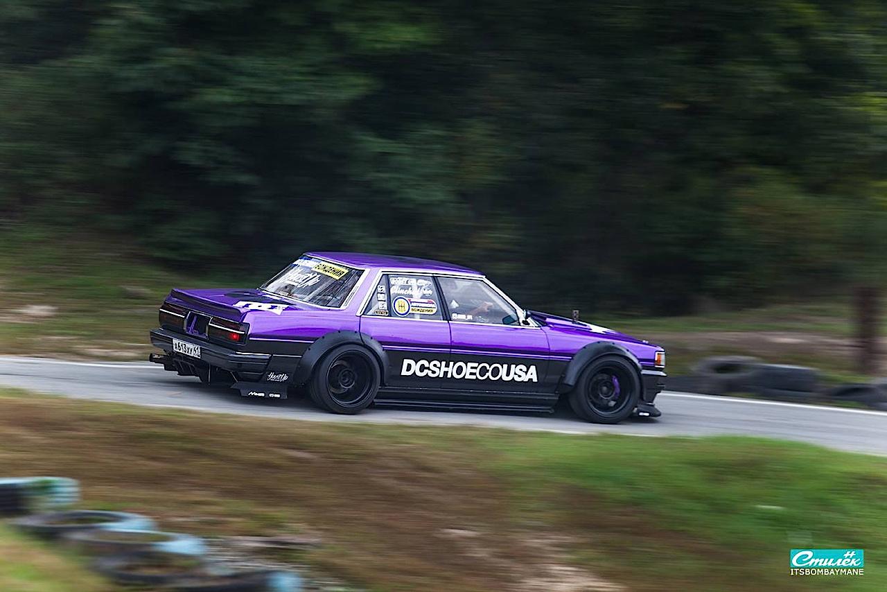 "Toyota Cresta swap 2JZ... ""Purple Rocket"" 22"
