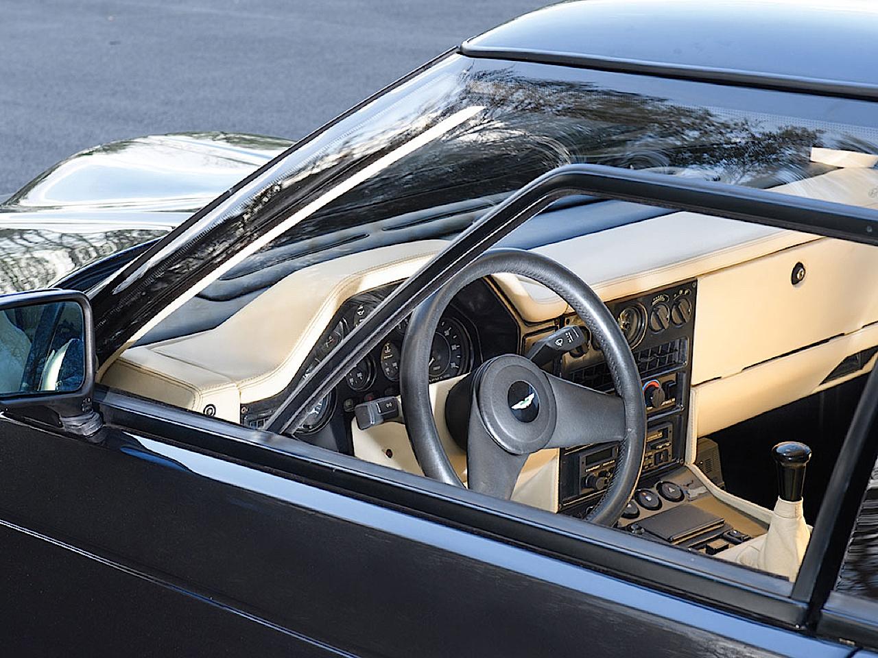 '87 Aston Martin V8 Vantage Zagato : 17