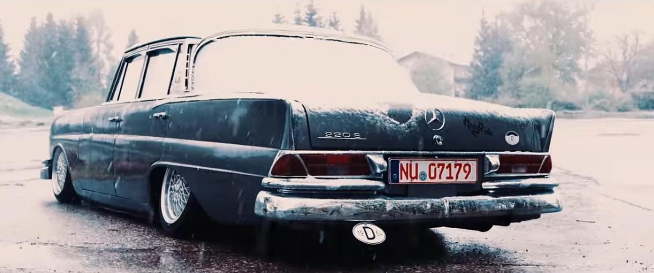 Mercedes W111 Heckflosse - Etoile des neiges ! 6