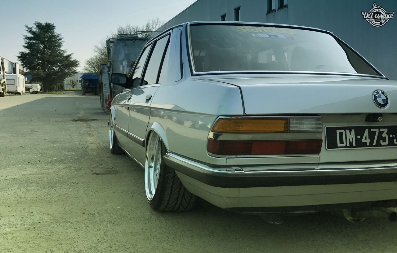 Bagged BMW E28 520i... Low & Flow ! 45