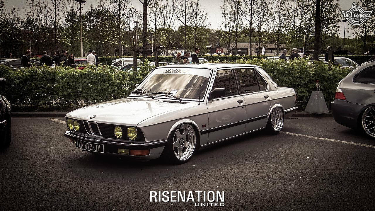Bagged BMW E28 520i... Low & Flow ! 38