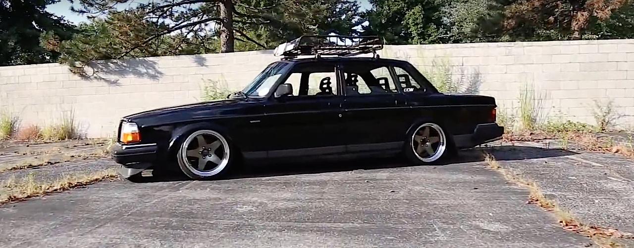 Slammed Volvo 240 - Blake in black ! 8