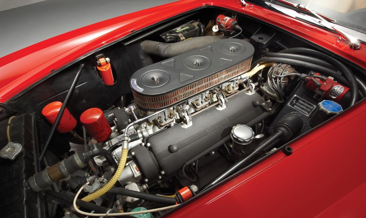 Ferrari 250 GT California SWB... Chef d'oeuvre ! 10
