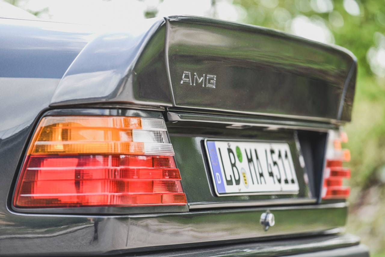 Mercedes 300 CE AMG 6.0 - Here come the Hammer ! 1