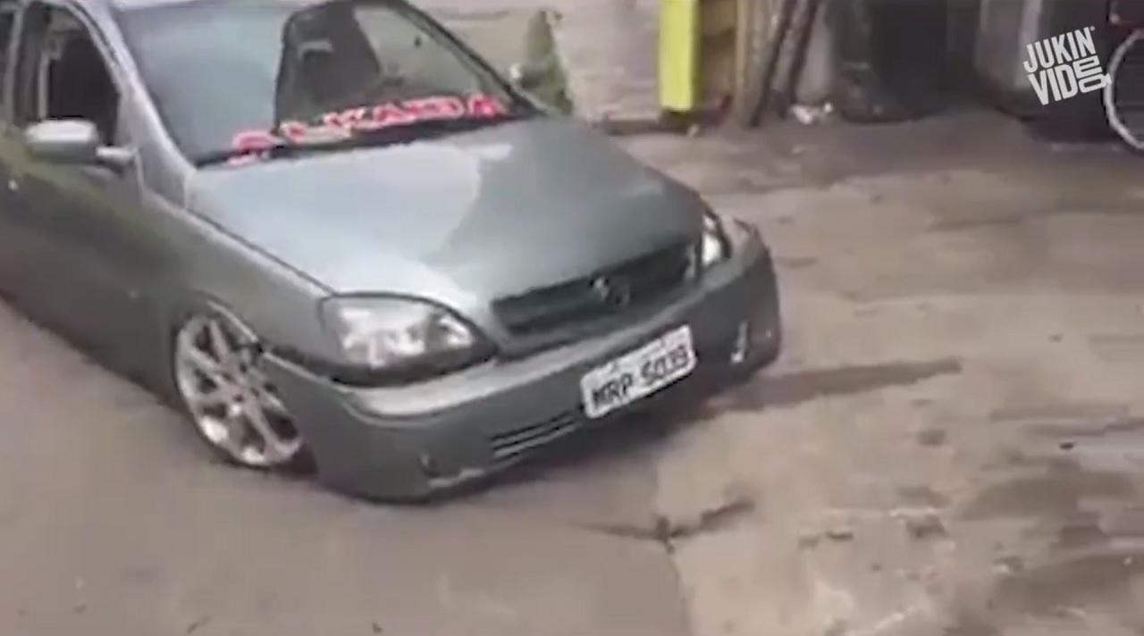 Stance fails - Michel sort du garage ! 7