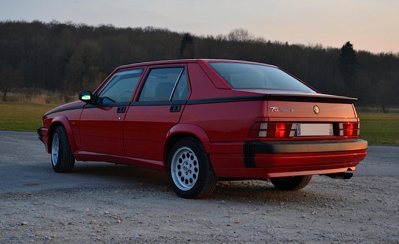 Alfa 75 Turbo America : Sale caractère ! 2