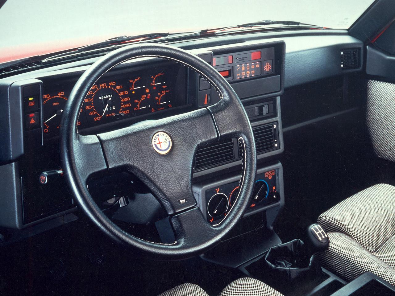 Alfa 75 Turbo America : Sale caractère ! 3