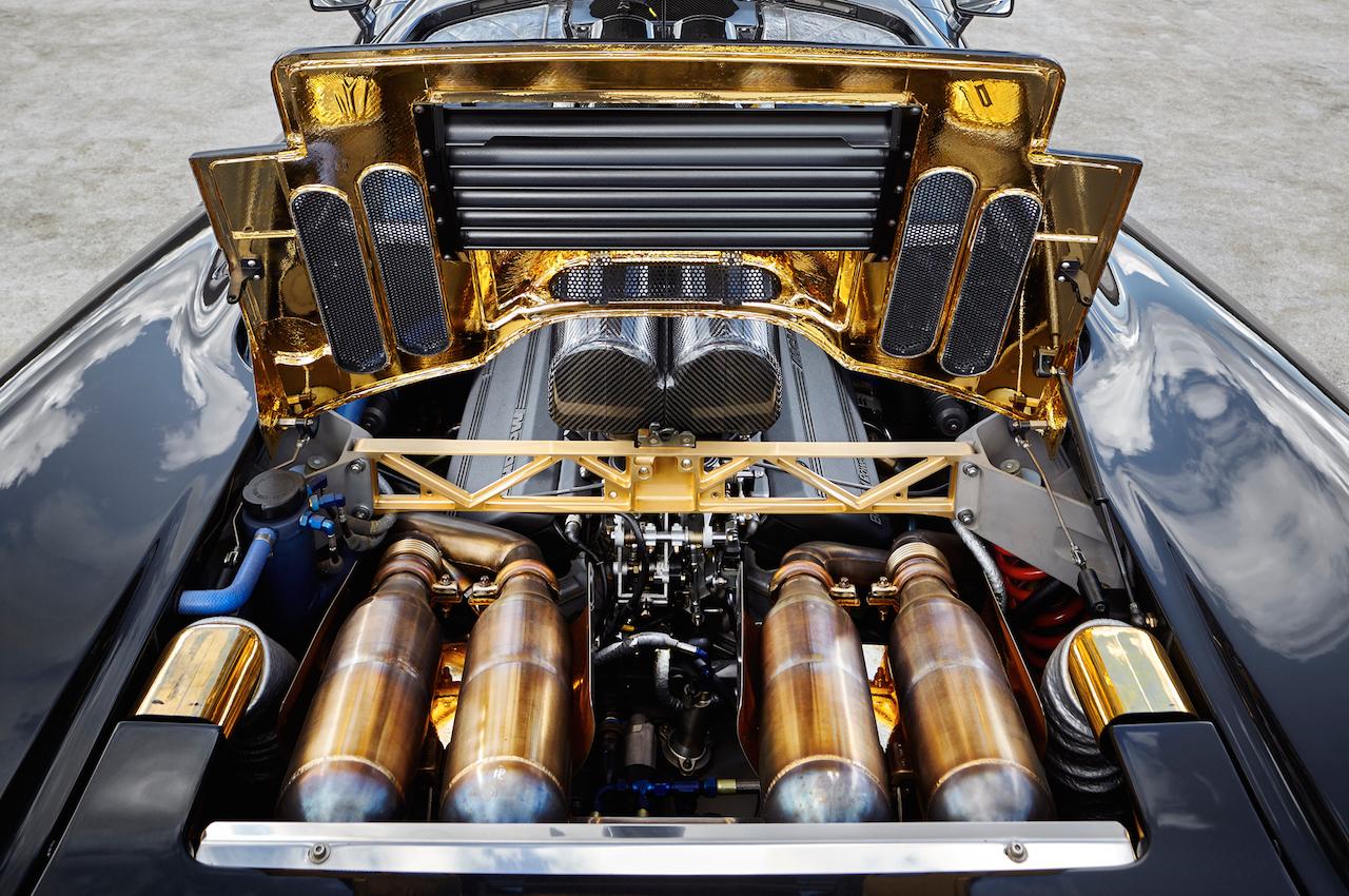Parlons moteurs... Le légende passe aussi par eux. 168