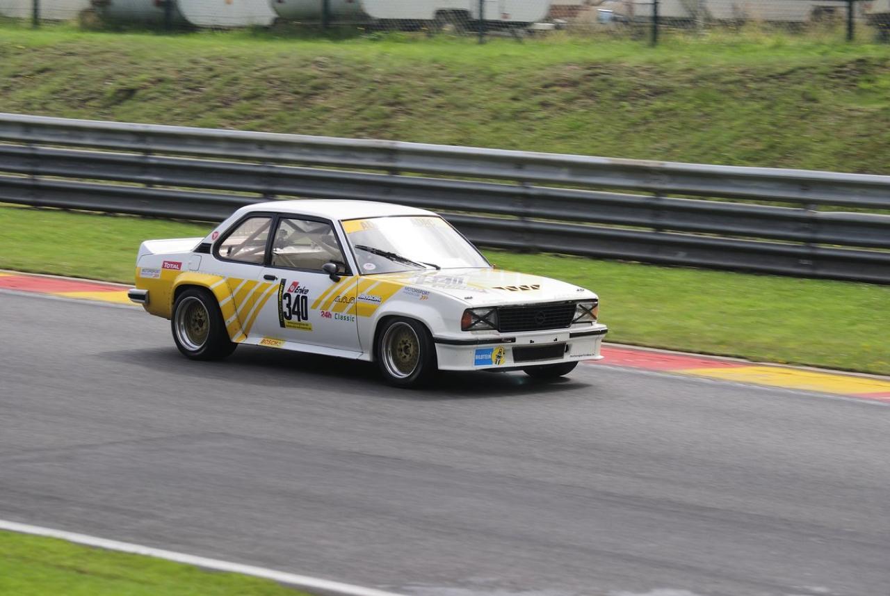 Youngtimer Trophy : Opel Ascona 400 en bagarre sur la Nordschleife 15