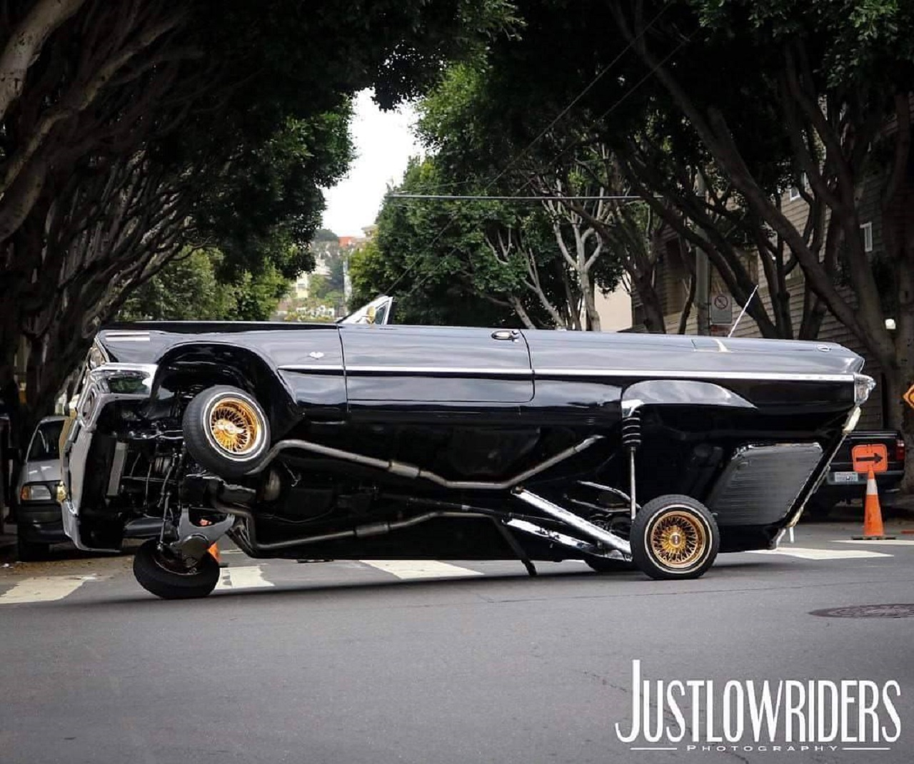 """King Of The Streets"" San Francisco - Lowrider Family ! 9"