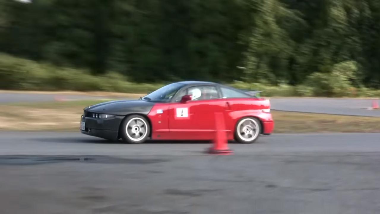 Alfa Romeo SZ - Violentée sur circuit ! 5