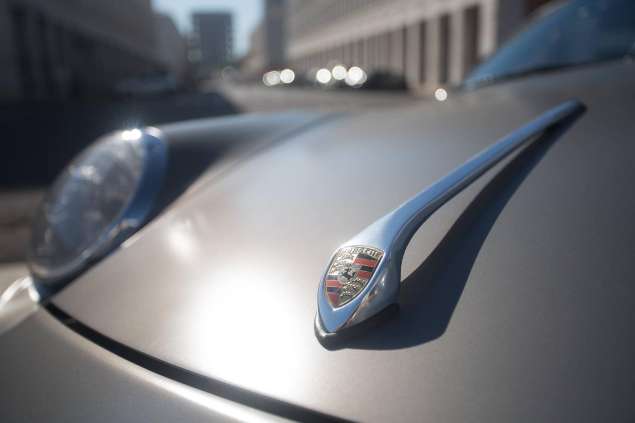 Porsche ItalSteelArt... Boxster + 356 = RetroMod ! 30