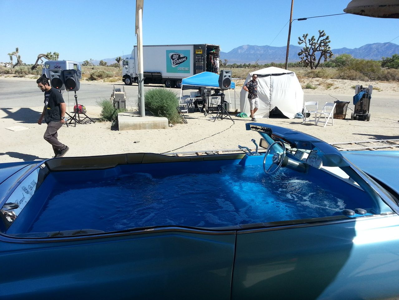 69' Cadillac DeVille - Besoin de fraîcheur ? Avec Jay Leno ! 21