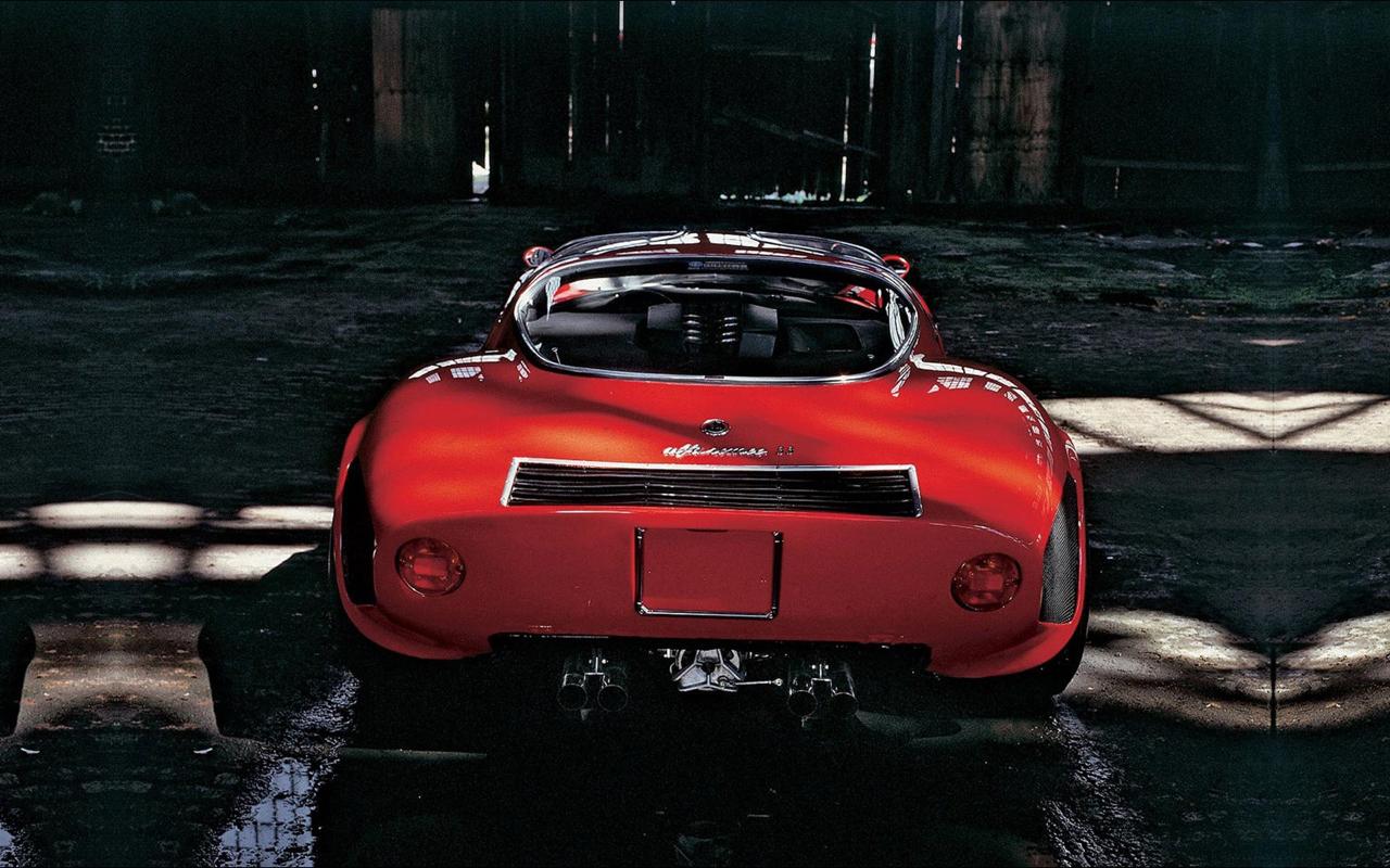 Alfa Romeo T33 Stradale... Oeuvre d'art sur roues ! 44