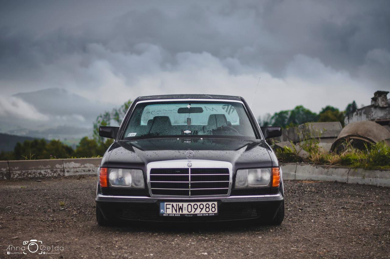 Bagged Mercedes 280 SE W126 par Magic Garage 31
