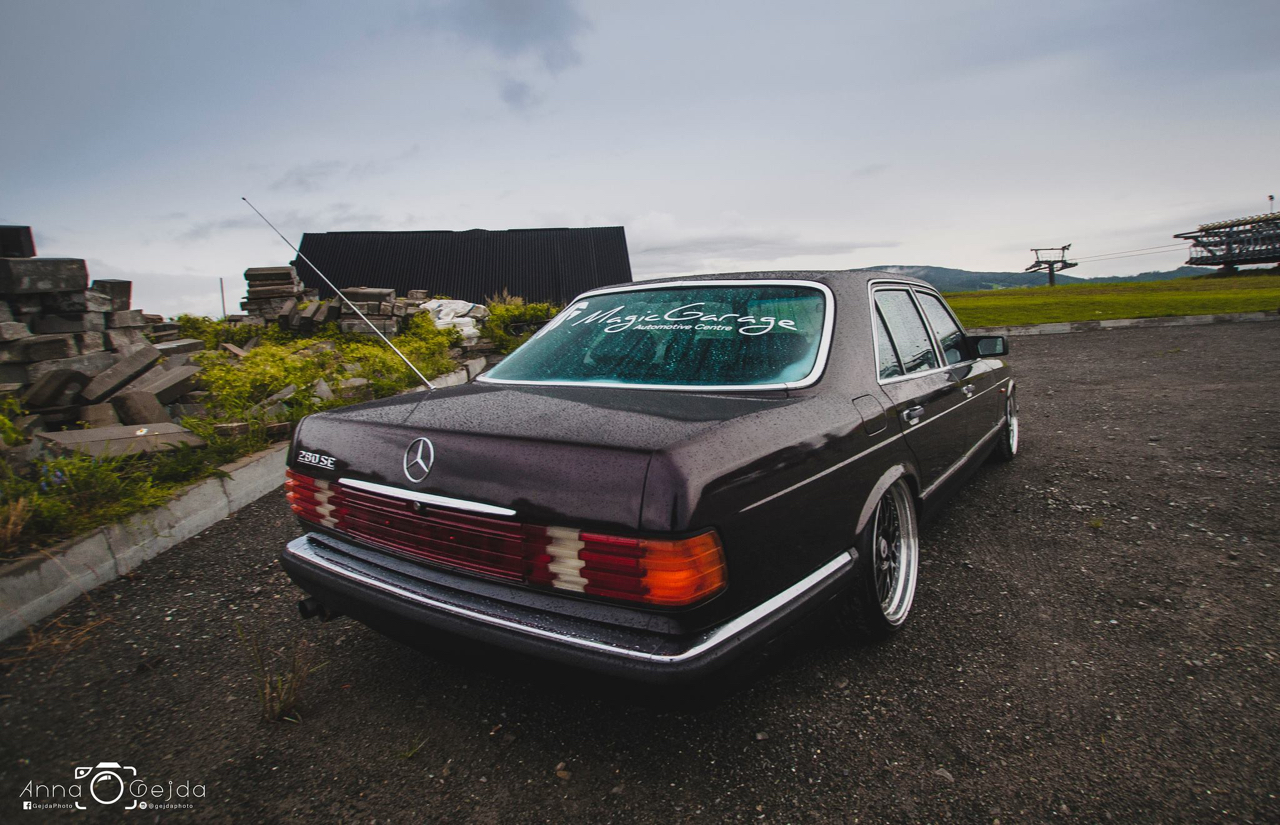 Bagged Mercedes 280 SE W126 par Magic Garage 29