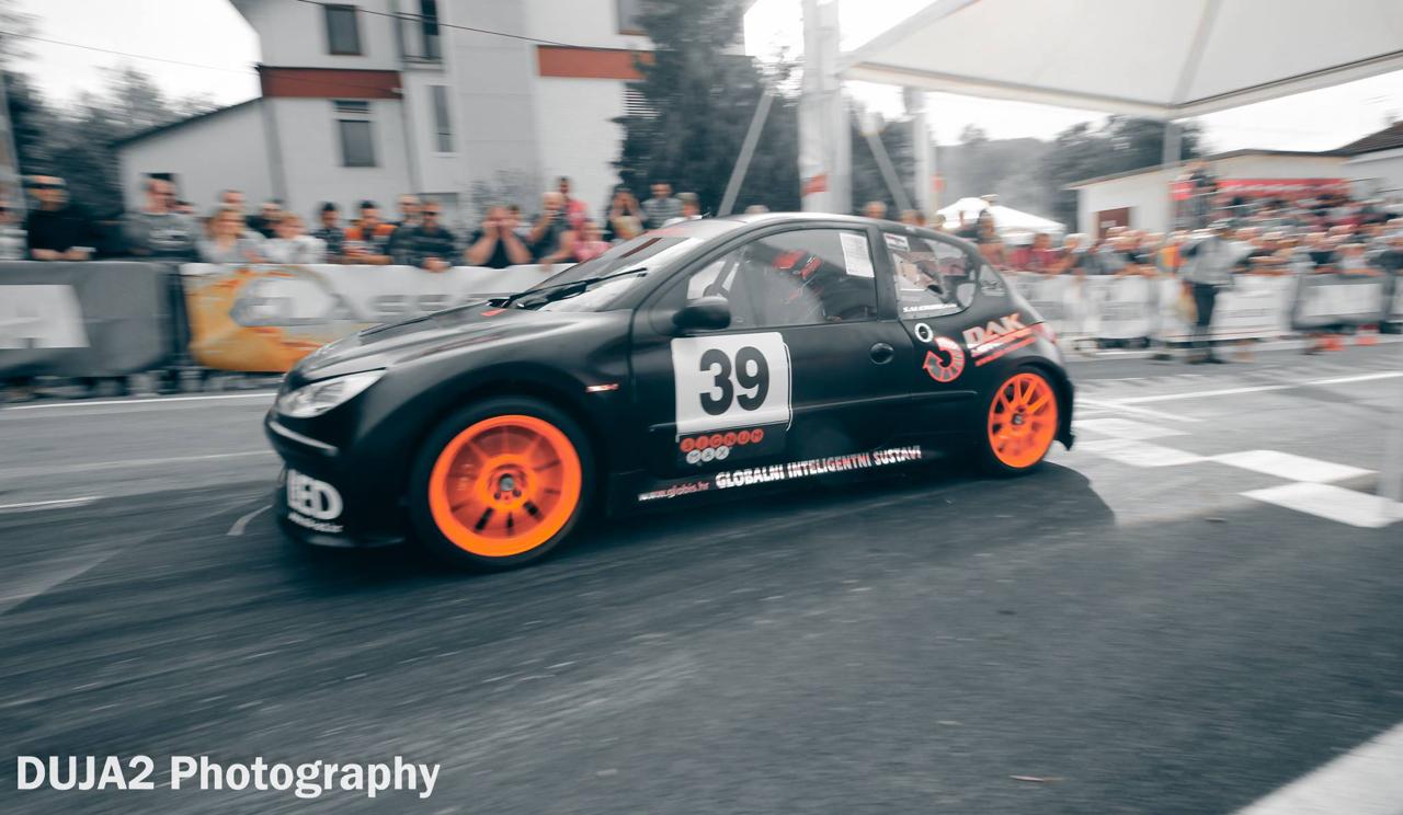 Hillclimb Monster : Peugeot 206 2K8-4... Avec 2 moteurs de 1000 GSX-R ! 11