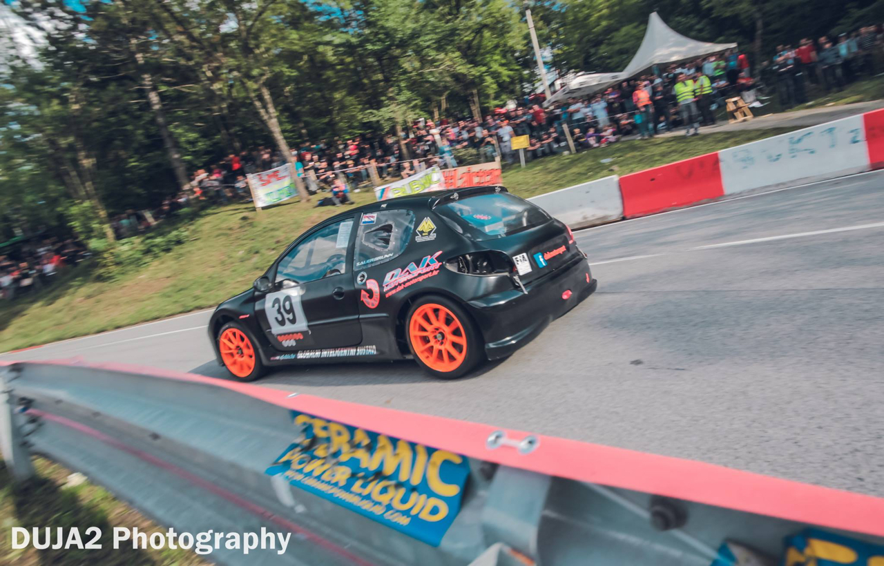 Hillclimb Monster : Peugeot 206 2K8-4... Avec 2 moteurs de 1000 GSX-R ! 13