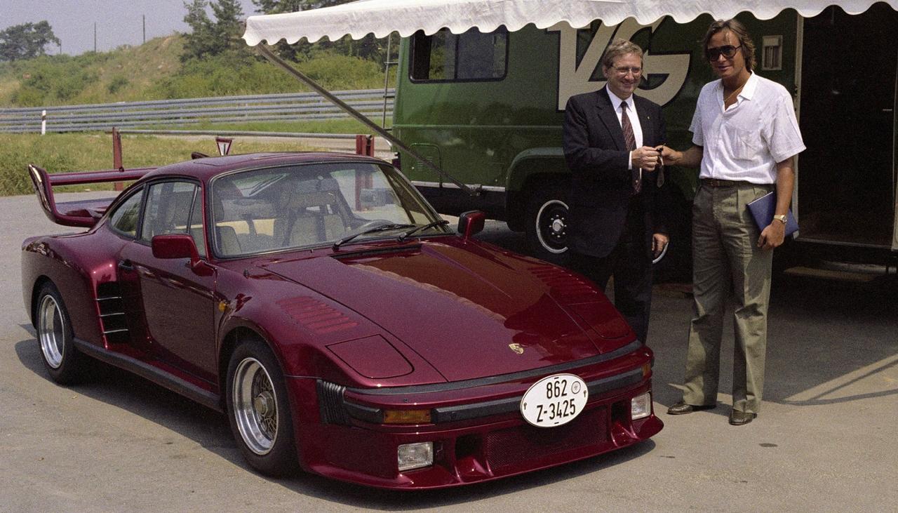 La Porsche 935 Street legal de Mansour Ojjeh : No pain, no gain ! 15