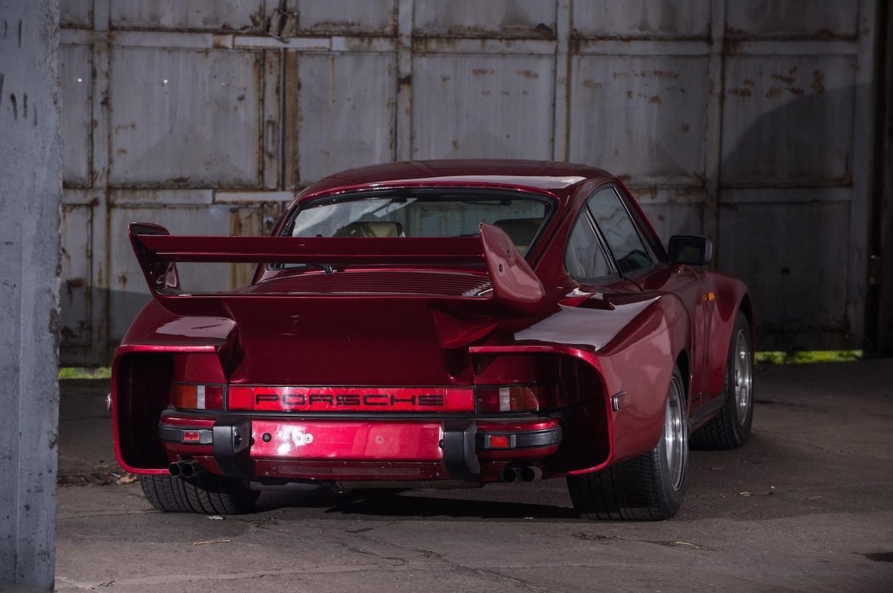 La Porsche 935 Street legal de Mansour Ojjeh : No pain, no gain ! 2