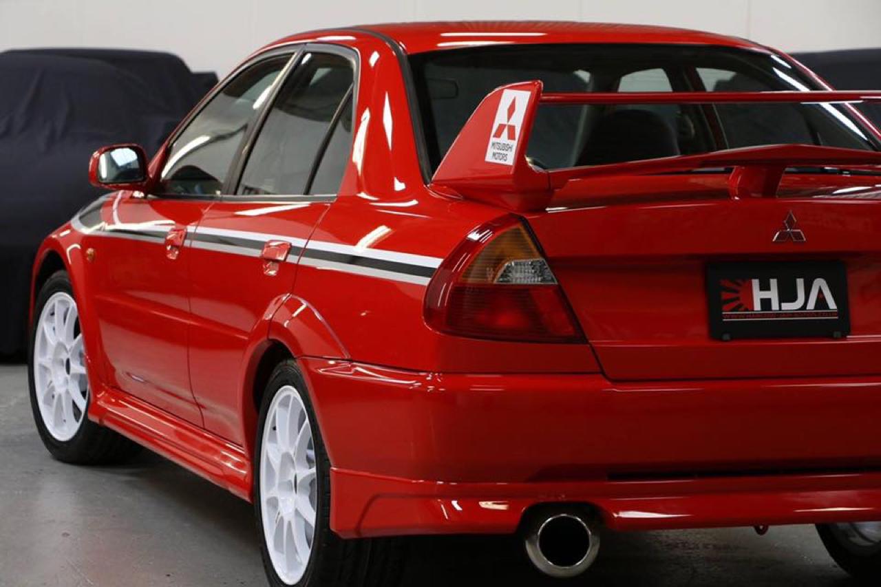 Mitsubishi Lancer Evo 6 Tommi Makinen Edition : ADN de championne 32