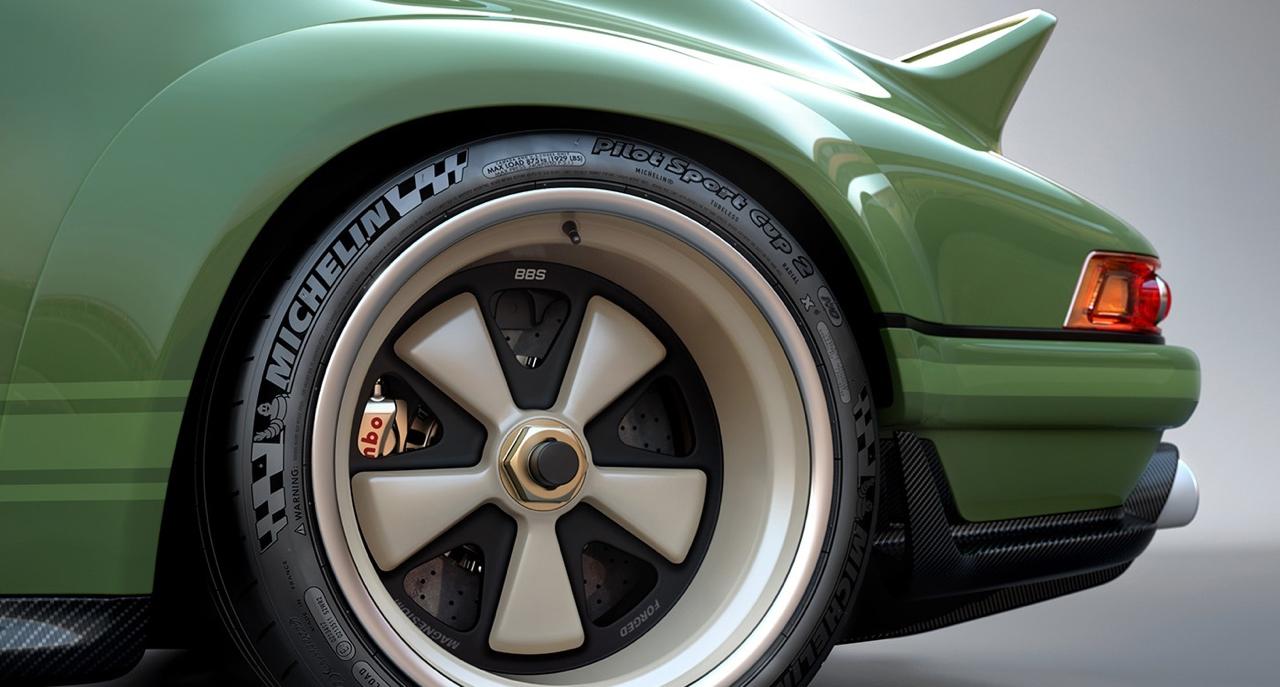 Singer dehors, Williams dedans ! La Porsche 911 en mode tuerie ! 45