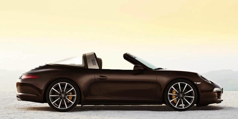 Porsche 911 Targa : Ou comment faire une pub qui montre… Rien !