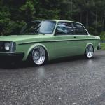 Volvo Coupé 242 Swappé 6 en ligne BMW… Sauvée de la rouille !
