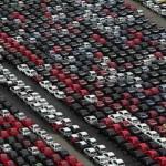 Les cimetières de voitures … neuves ! Hallucinant O_o 7