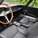 L'occasion de rouler dans la 275 GTB/4 de Steve McQueen. 4