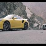 911 Turbo S vs McLaren 12C… Duel de missiles !