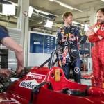 Redbull RB8 vs Ferrari F1 87-88C … Vettel & Berger ! 2