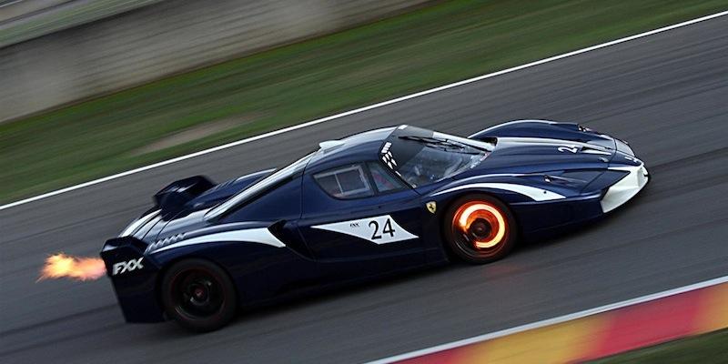 Ferrari FXX … En dolby surround 7.1 !