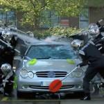 Car Wash Pit Stop… Avec des Babes et Jenson Button !