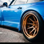 Porsche 993 Turbo RWB en ADV1 : Blue Nightmare ! 1