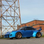 Porsche 993 Turbo RWB en ADV1 : Blue Nightmare !