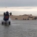 Wheelie on Water ... Le truc qui sert à rien mais qui laisse scotché !