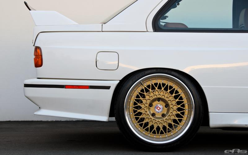 DLEDMV BMW M3 E30 EAS White Alpine02