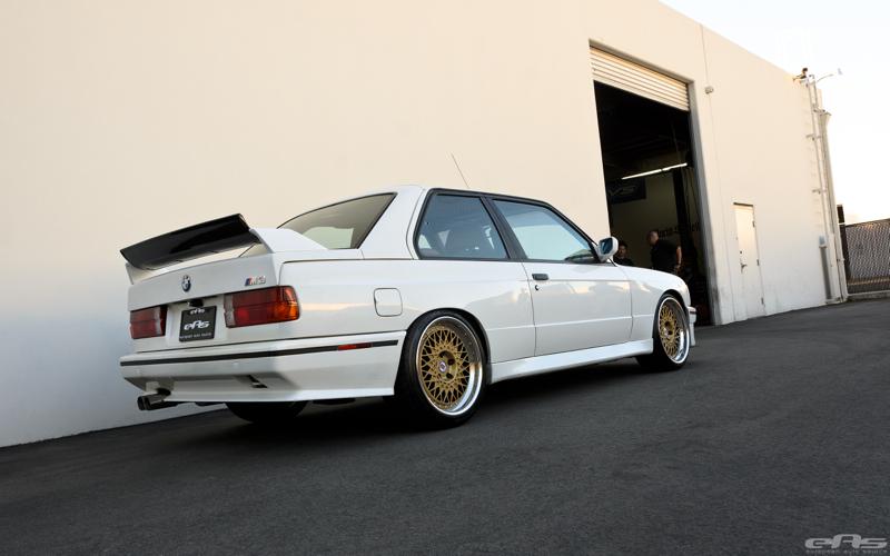 DLEDMV BMW M3 E30 EAS White Alpine03