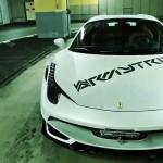 Ferrari 458 Spider en titane... Dans un parking souterrain ! 1