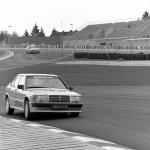 Mercedes 190 2.3 16s race - Un p'tit nouveau nommé Senna ! 2