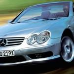 Incontournable : Damon Hill et la Mercedes SL...
