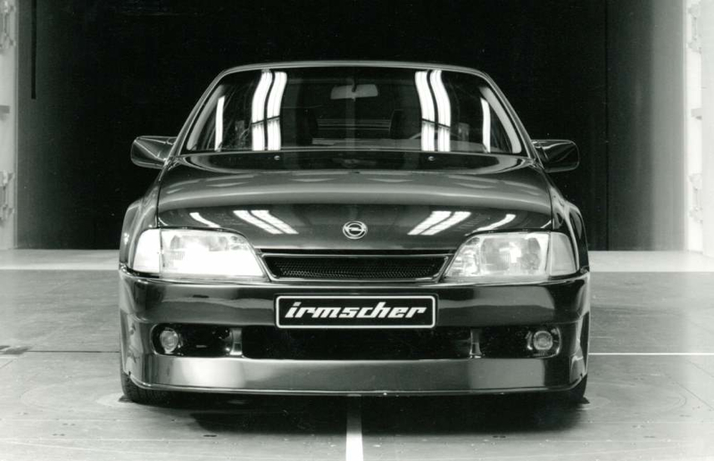 DLEDMV Opel Omega Evo 500 07
