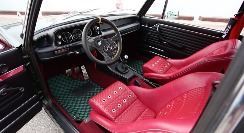 Bmw 2002 tii ultrabox la perfection existe elle est for Interieur paupiere inferieure rouge