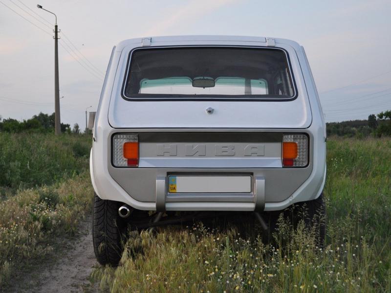 DLEDMV - Lada Niva restomod -08